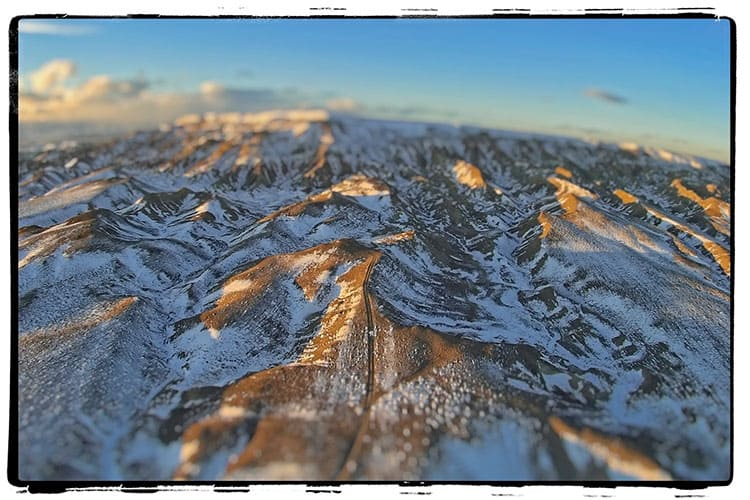toy-drone-mountains