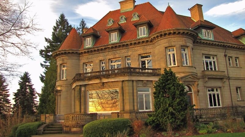 fly drone Pittock Mansion